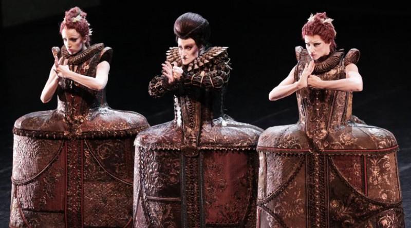 Cinderella - Stefania Ballone (matrigna), Antonella Albano, Virna Toppi (sorellastre) Ph. Marco Brescia & Rudy Amisano