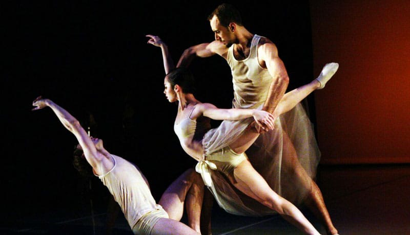 RudduR Dance Seeks 3 Male and 3 Female Contemporary Ballet Dancers - audition