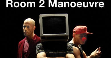 Room 2 Manoeuvre is Seeking 1 Male Dancer For the Creation of a New Project