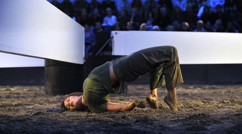 Schweigman& is Looking for Experienced Female Dancers for the Restaging of Wiek